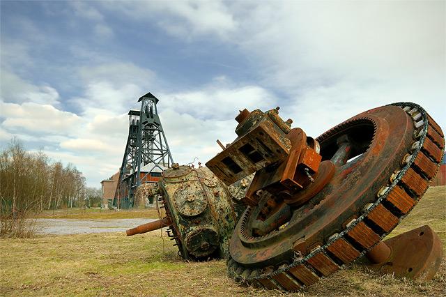 Ruine einer Zeche in Belgien (rostendes metall) - Fotograf: Luc Viatour
