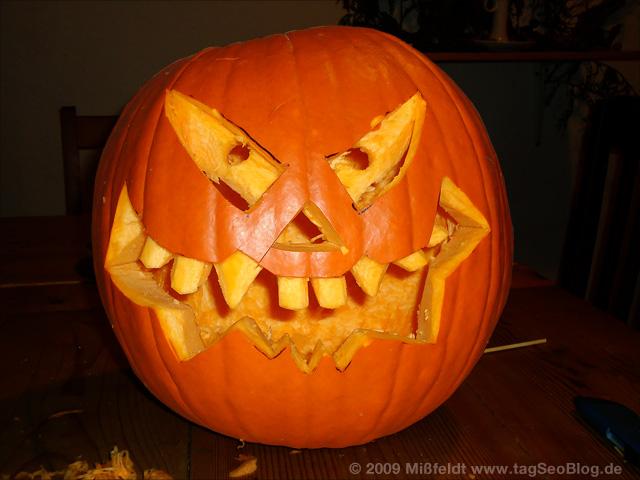 Fertiger Halloween Kürbiskopf