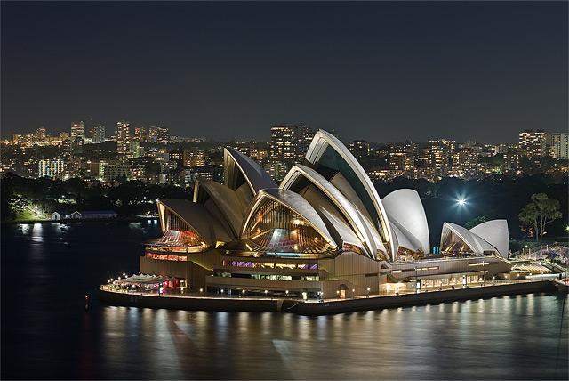 Oper von Sydney am Hafen bei Nacht - Fotograf: Diliff
